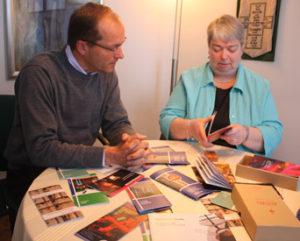 Dompfarrer Ulrich Beckwermert und Pastoralreferentin Lucia Zimmer, Bild: kirchenbote.de