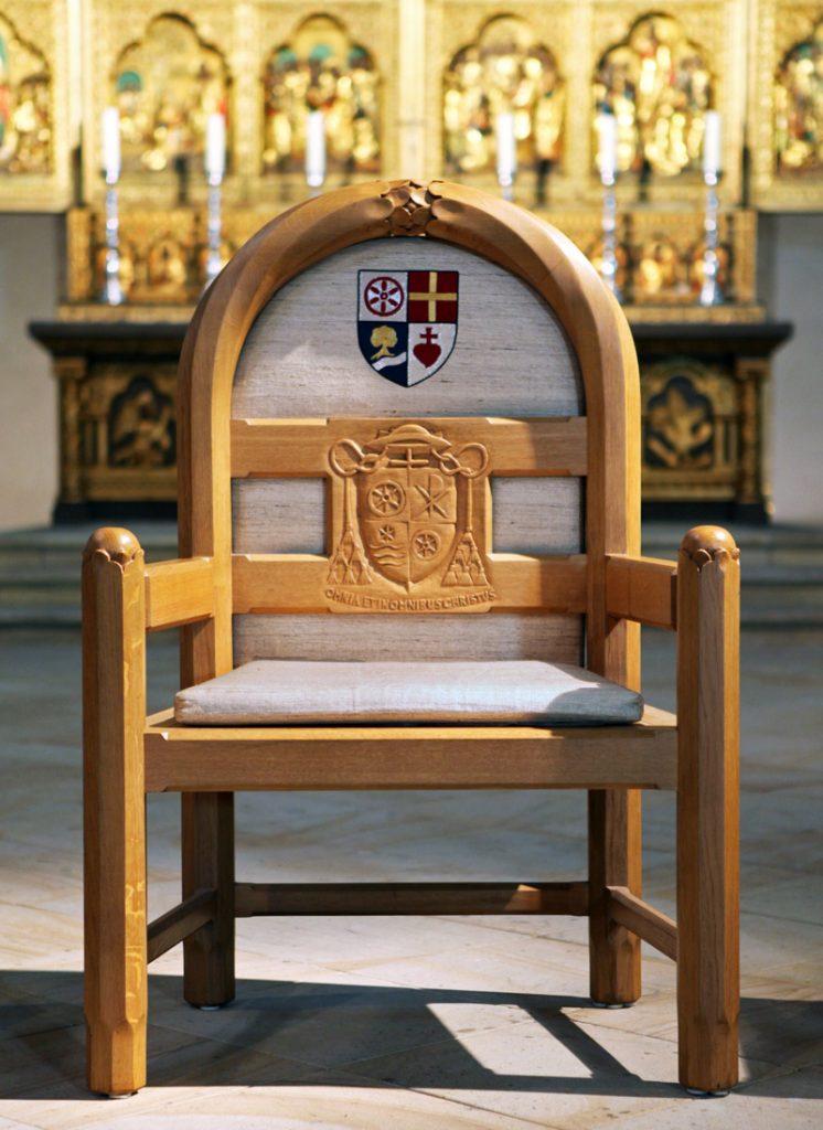 Der Stuhl des Bischofs im Osnabrücker Dom