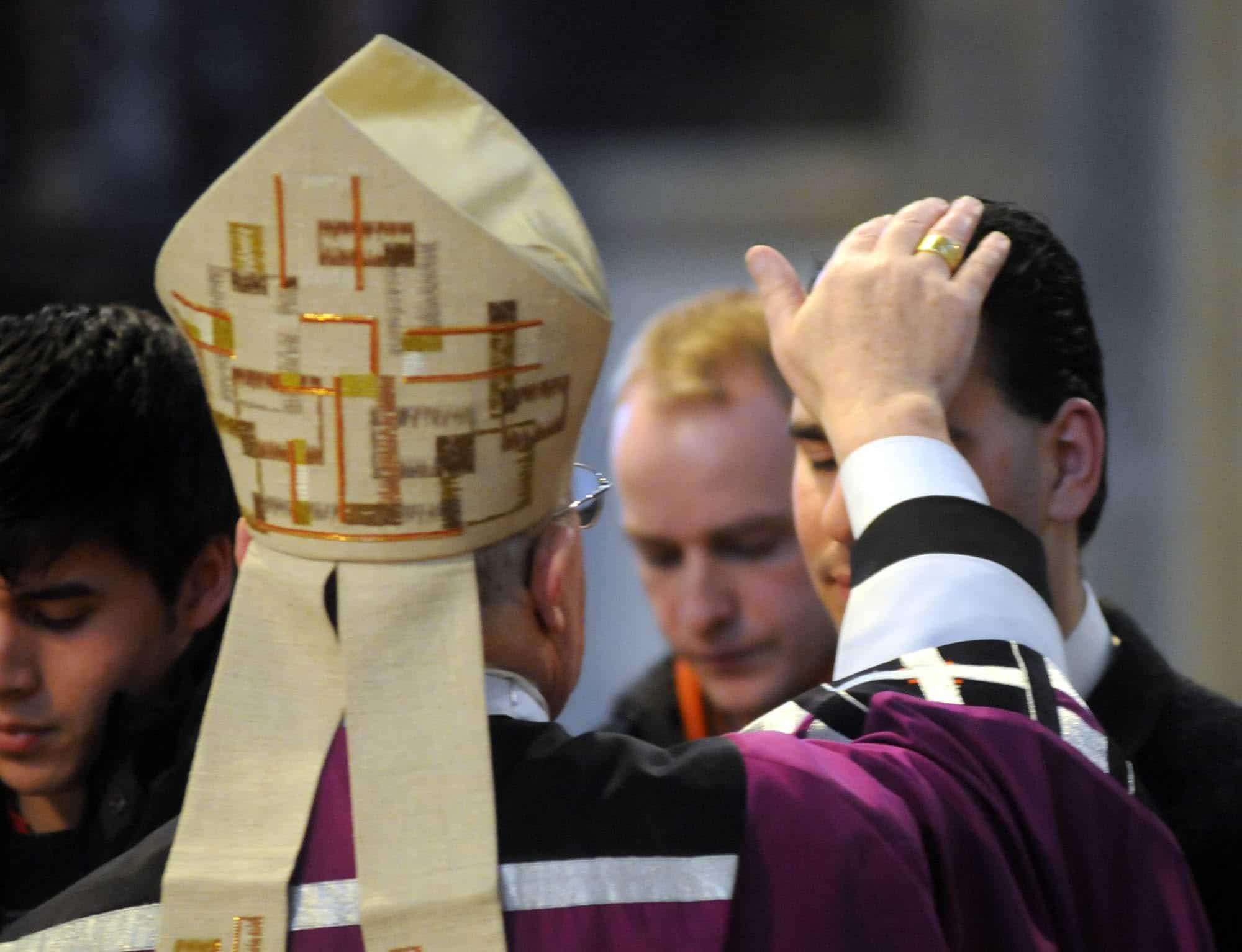 Zulassungsfeier zur Taufe und Firmung mit Weihbischof Theodor Kettmann, Dom, Osnabrück, 10.02.2008