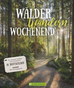 """Cover """"Wälder, wandern, Wochenend'"""" von Julia Schattauer"""