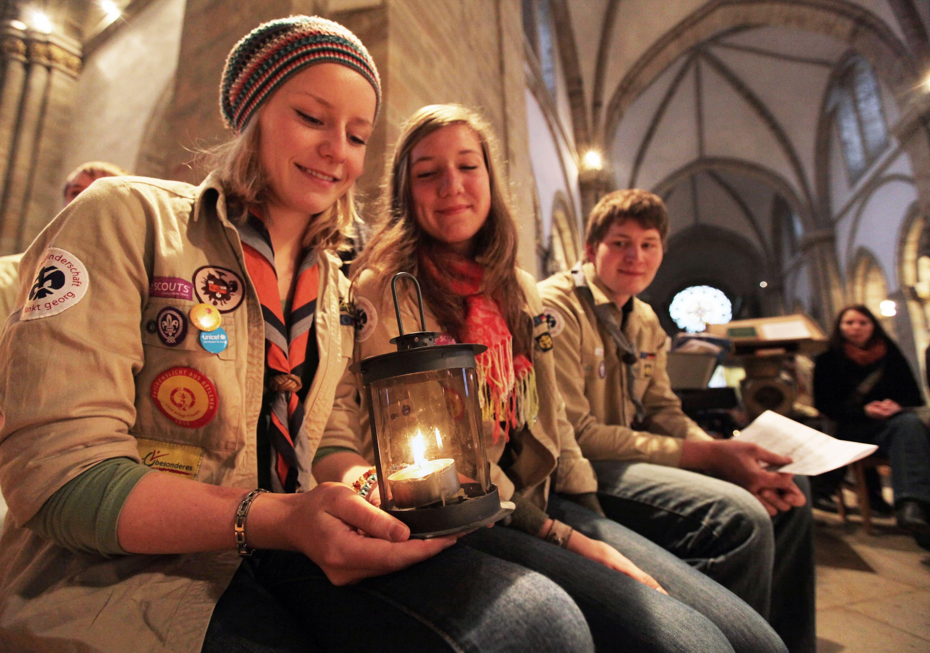 Aussendungsfeier des Friedenslichts im Osnabrücker Dom
