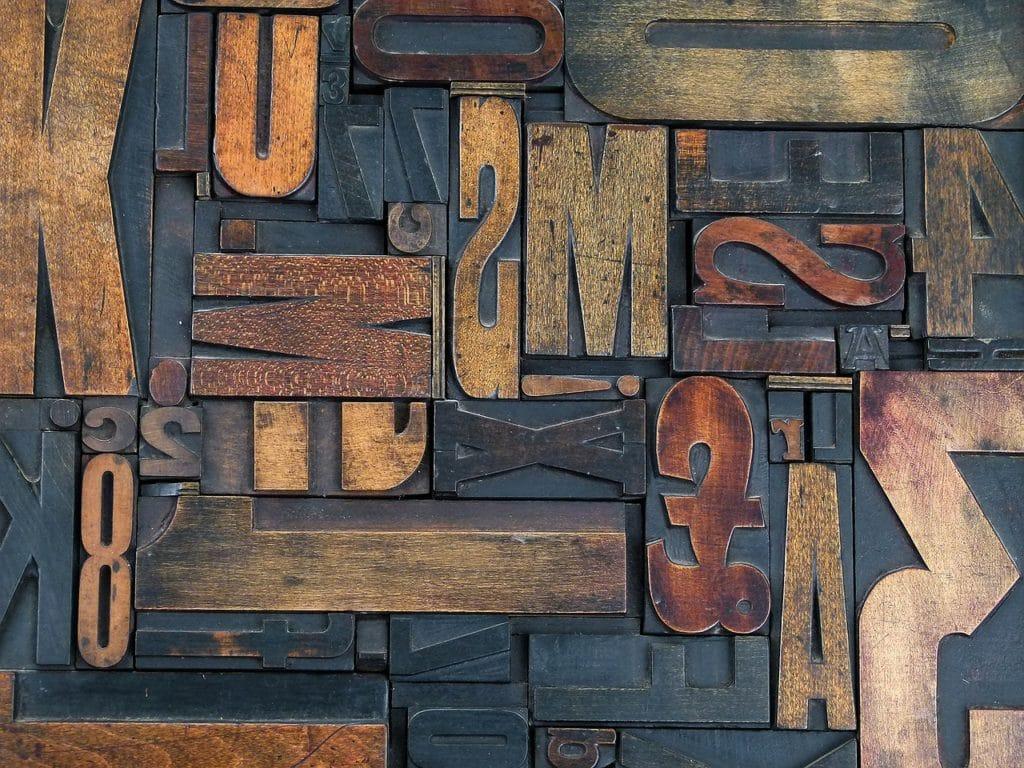 Holzbuchstaben gemischt