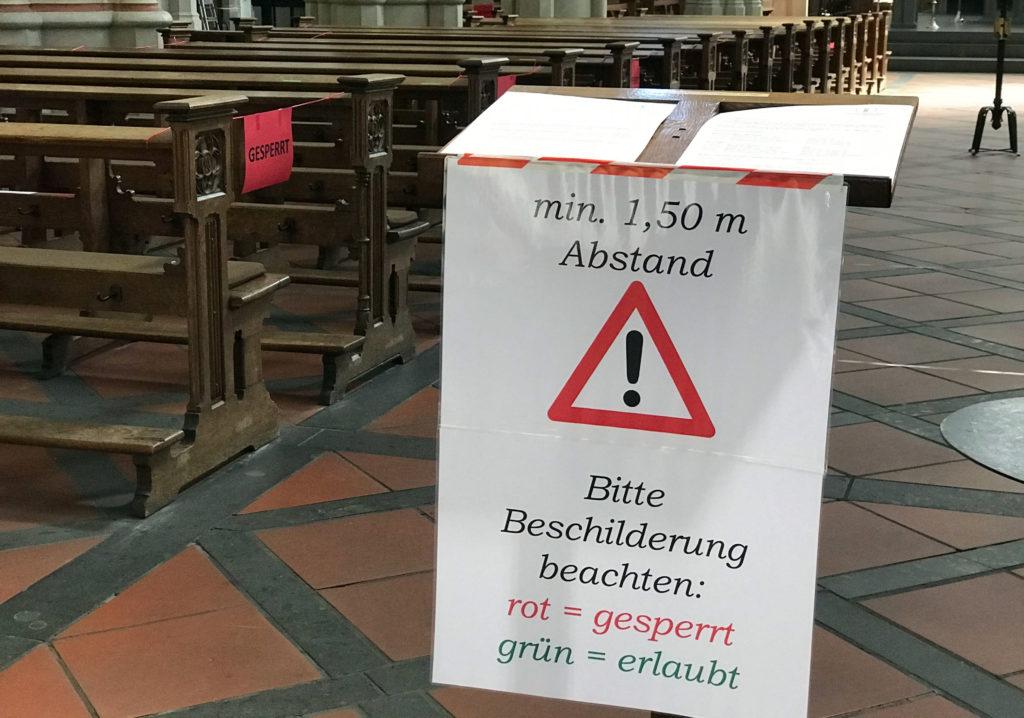 gesperrte Kirchenbank