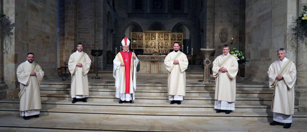 Weihe der Diakone im Dom St. Peter