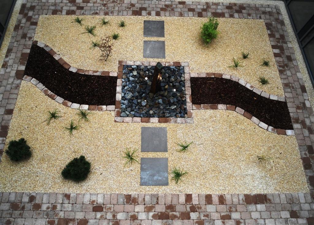 Steingarten beim Exerzitienhaus Kloster Nette