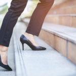 High Heels auf Treppe